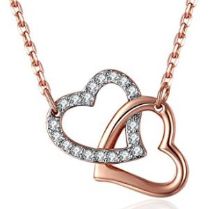 Best Valentines Day gifts for her / girlfriend: Most popular