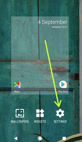 Tap on settings to open android O home screen settings